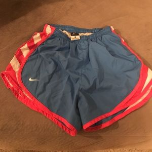Nike Blue Hot Pink Tempo Short Women Small